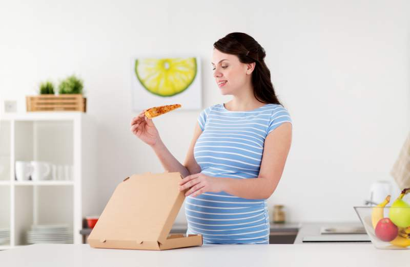 Food_cravings_pregnancy_pizza_babyinfo
