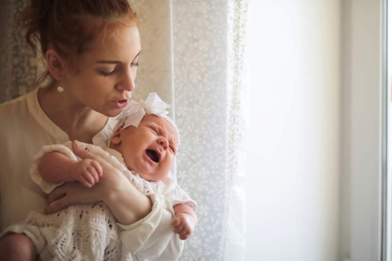 Fourth_Trimester_newborn_crying_babyinfo