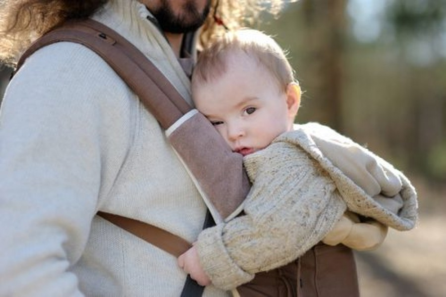 How to choose the right baby carrier