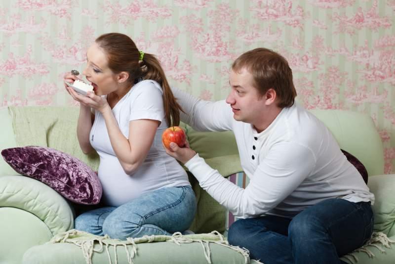 Sugar_foods_during_pregnancy_cravings_babyinfo