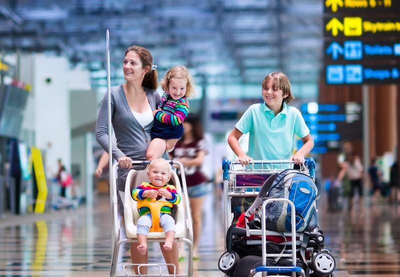 Travelling_overseas_with_an_infant_airport_babyinfo
