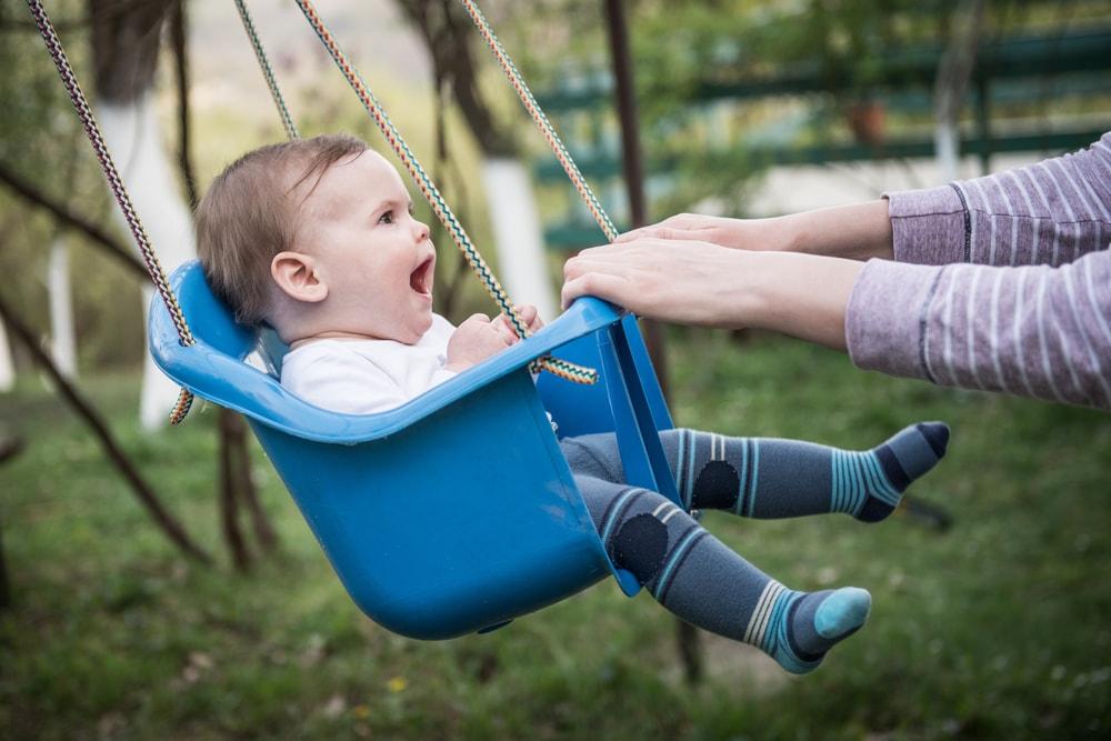 babyinfo infant swing entertaining infants-min