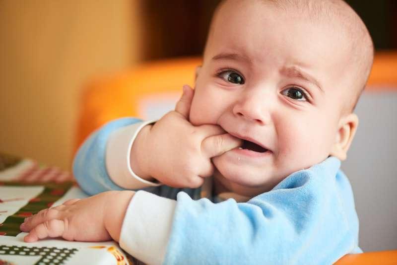 common_baby_ailments_teething_babyinfo