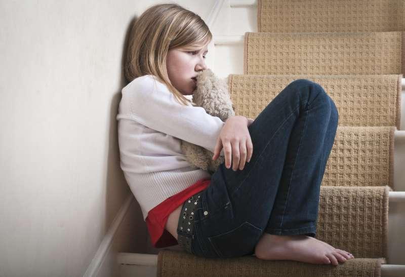 foster_care_sad_girl_babyinfo
