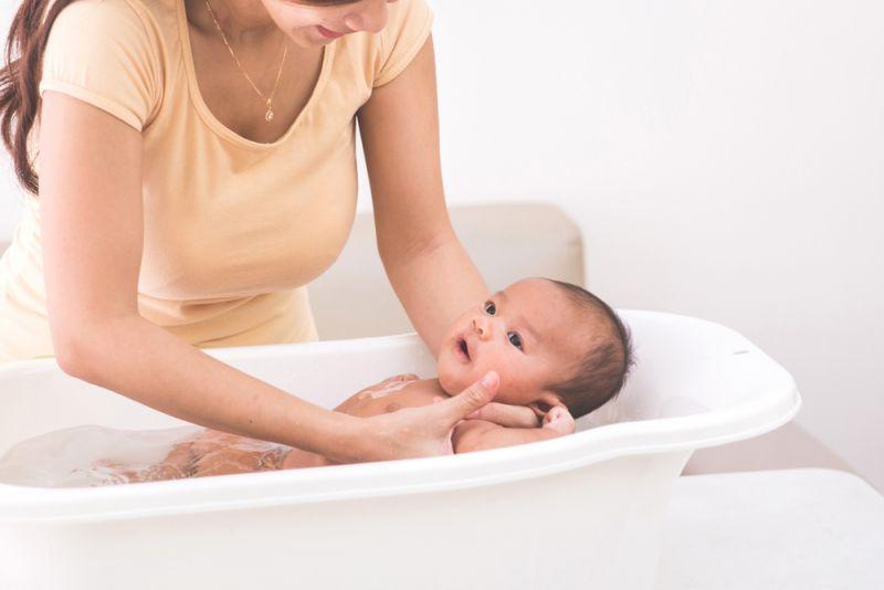 tip_8_baby_bath