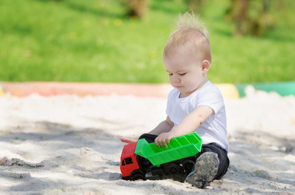 toys_for_toddlers_babyinfo_dump_truck